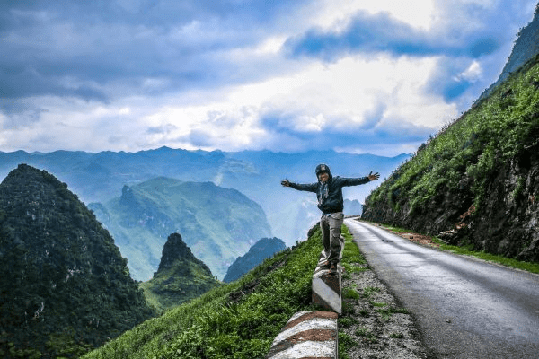 Expat Guide to Vietnam: Rent a Cheap Airbnb with a Discount