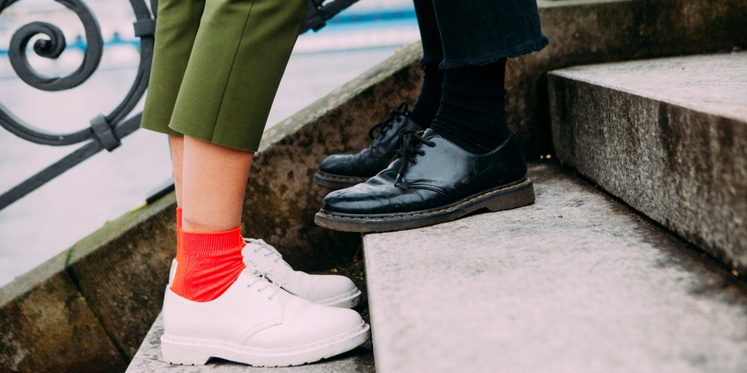 impress every guy on your date with these tips for shoes